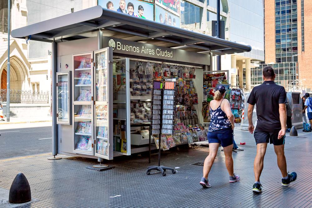 Los viejos puestos de diarios se despiden: renuevan 225 en toda la ciudad de Buenos Aires