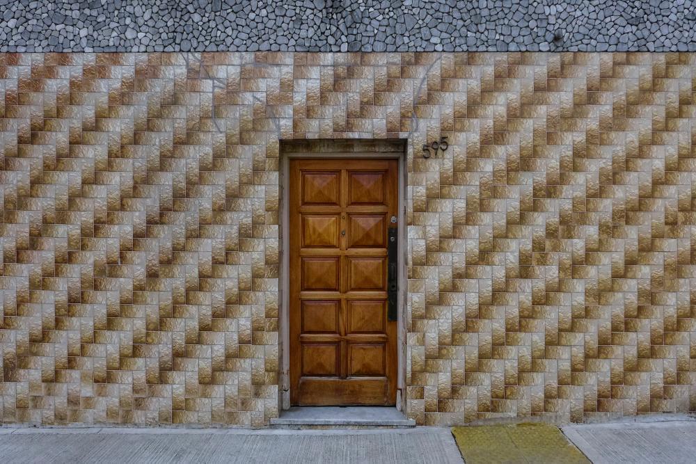 La argentinidad, al frente: un libro de fotos sobre fachadas de Buenos Aires