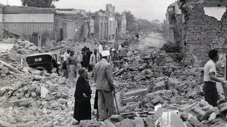 San Juan. Terremoto 15 de Enero de 1944. La ciudad quedó en ruinas y su gente en la calle