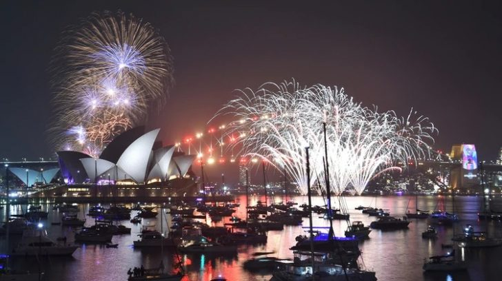 AUSTRALIA-NEW YEAR-WORLD