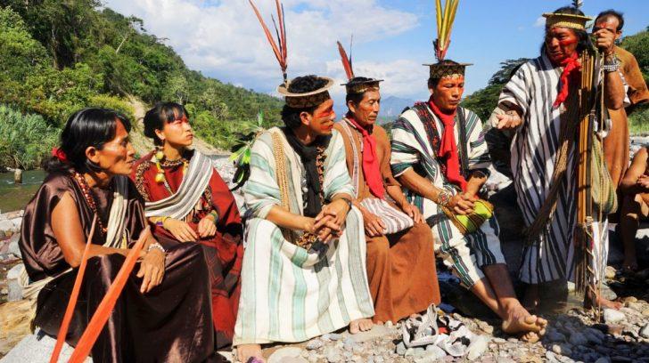 Foto-de-Benki-em-um-sitio-sagrado-com-o-povo-Ashaninka--1024x683