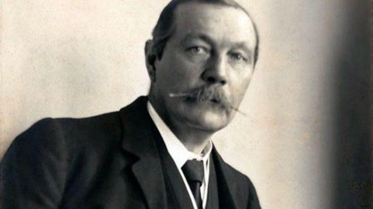 Arthur-Conan-Doyle-1_62_733x491