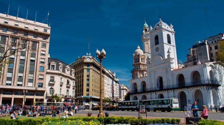 plaza-de-mayo-3-92-1382100691