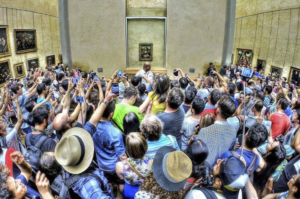 El Louvre, cerca de convertirse en víctima de su propio éxito
