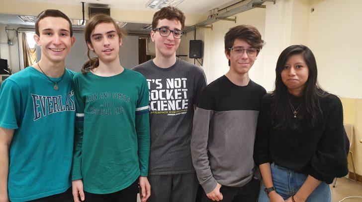 estudiantes-portenos-fueron-premiados-por-crear-un-robot-reciclador-y-ahora-buscan-obtener-un-lugar-en-el-mundial-de-robotica-en-dubai