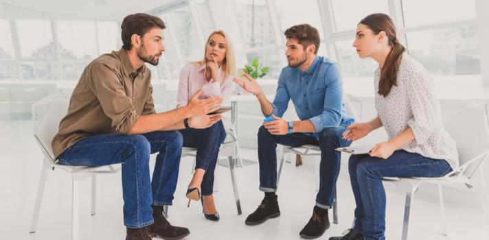 9-consejos-para-conducir-un-panel-de-discusion