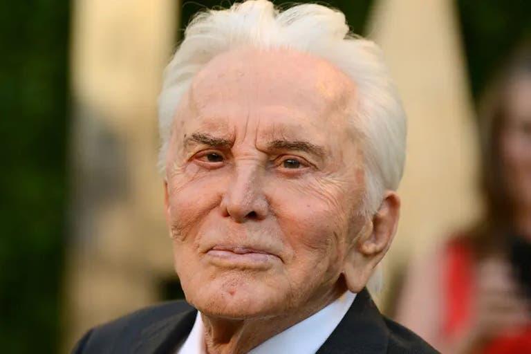 Kirk Douglas cumple 103 años: qué le pide a su hijo Michael