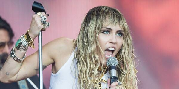rs_600x600-190701050836-600-Miley-Cyrus-Glastonbury-LT-070119-GettyImages-1159250929
