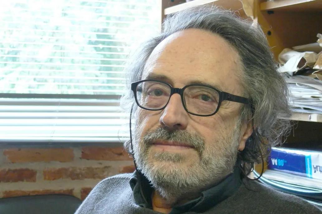 Importante distinción internacional para un pionero de la teoría de  cuerdas, el argentino Miguel Virasoro | Diario de Cultura