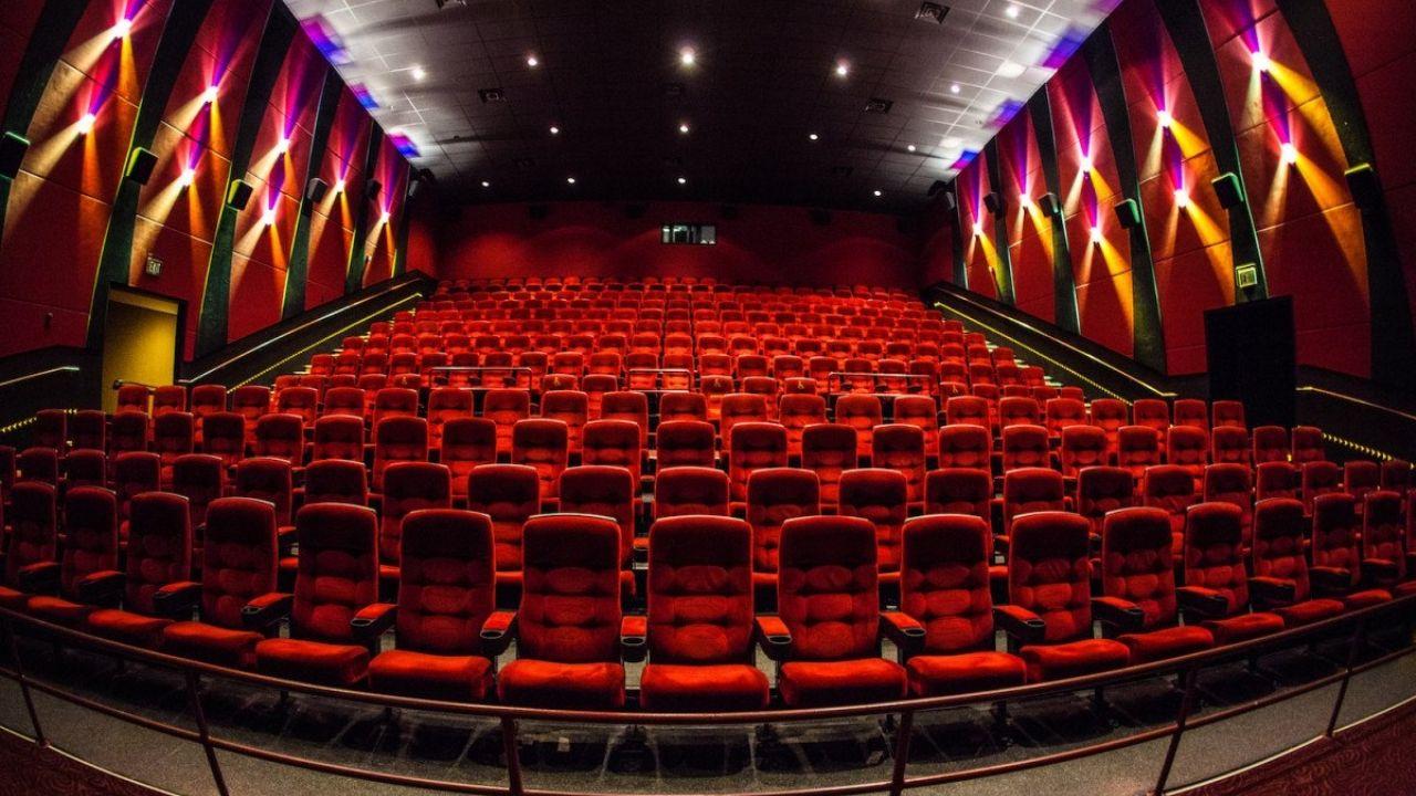 Los cines reabren lentamente sus puertas luego de 10 meses, con un protocolo nacional | Diario de Cultura