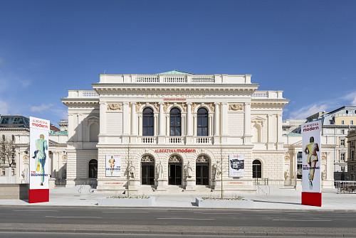 Albertina modern im Künstlerhaus Wien, Eröffnungsausstellung The Beginning, Kunst in Österreich1945-1980.