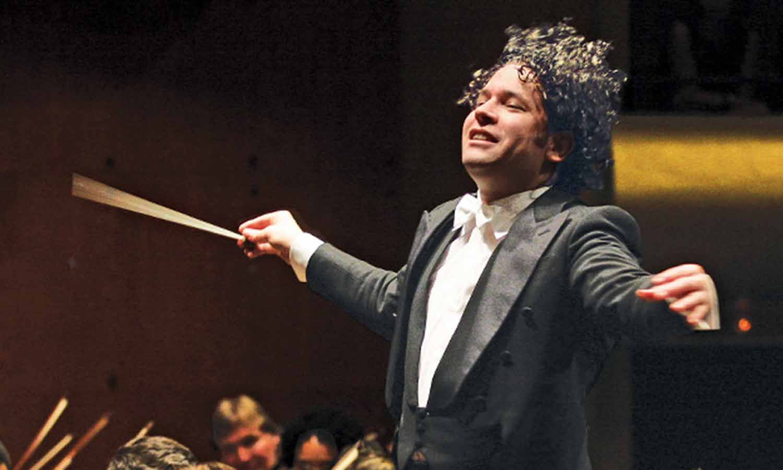 El venezolano Gustavo Dudamel es el nuevo director musical de la Ópera de París