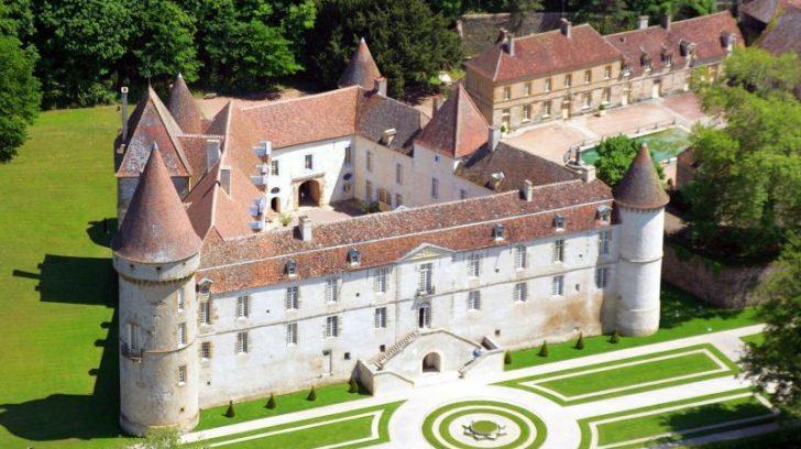 Chateau-de-Bazoches-1