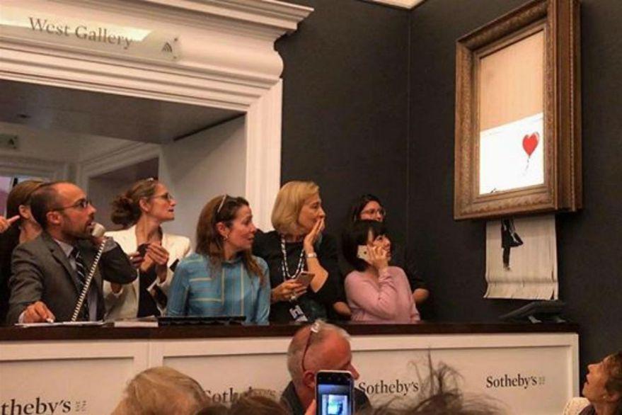 Banksy vendió una obra, la destruyó y la convirtió en un récord de más de 25 millones de dólares